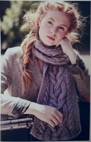 natalie warner cosy scarf knitting magazine